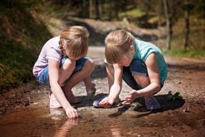 Ida und Alexandra erforschen Unterwasserwelten!